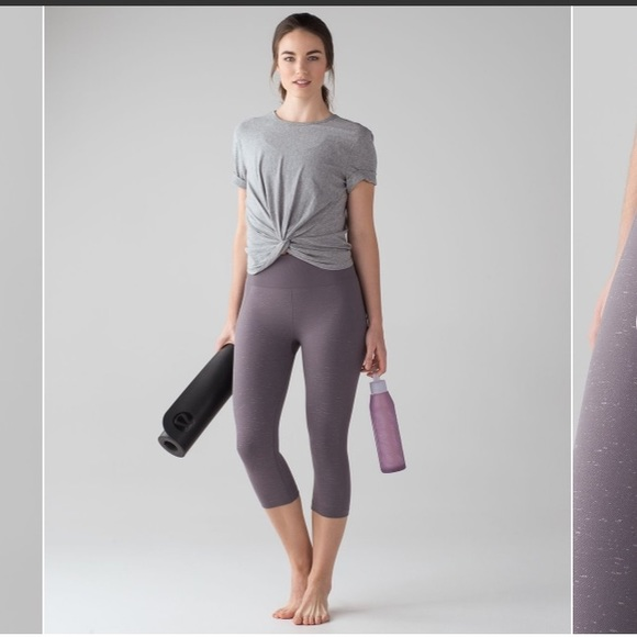 Lululemon Free To Flow Crops - 4/6